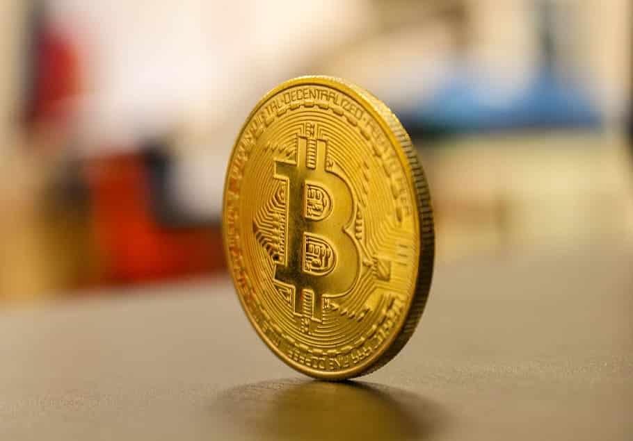 Photo of Inversores alegan violación de leyes a 11 bolsas de valores criptográficas