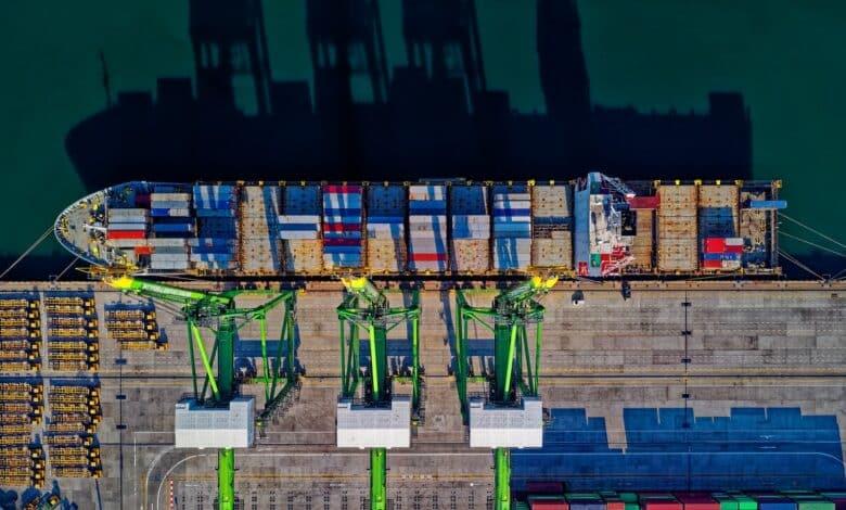 Puertos y navieras en el comercio exterior